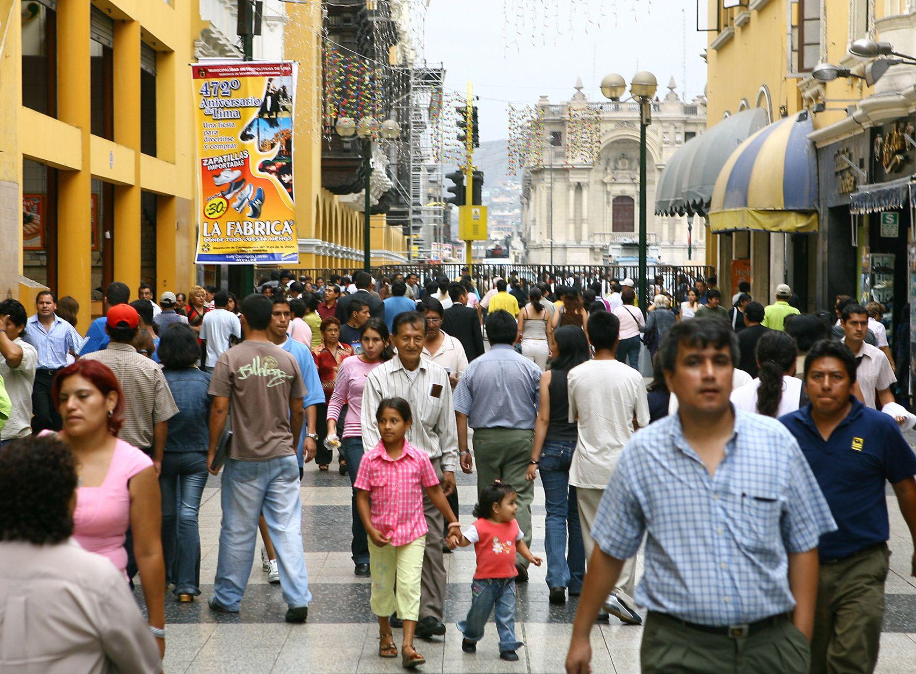Kantar: Familias peruanas reducen sus integrantes pero aumentan consumo