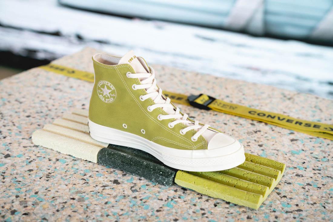 Converse presenta su primera colección de zapatillas elaboradas con plástico 100% reciclado