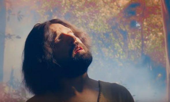 Comedia de Netflix sobre un Jesucristo gay enfurece a grupos religiosos