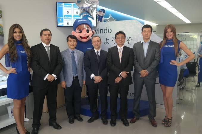 Samsung estrena el primer Customer Service Plaza del Perú